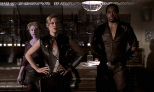 Trance, Beka, and Tyr in saloon