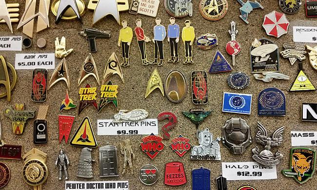 Comic Con - pins