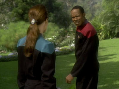 Sisko looking at Dax like she's crazy