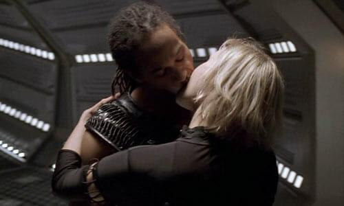 Tyr and Beka kissing