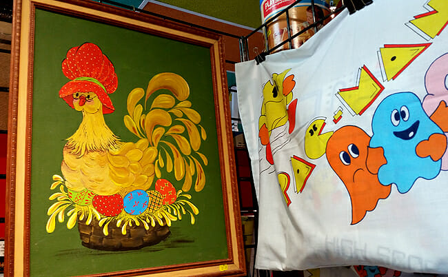 Hen painting with Pac-Man pillow case