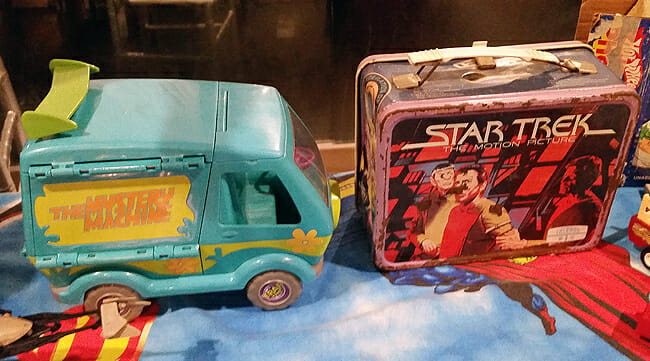 Mystery Machine and Star Trek lunch boxes
